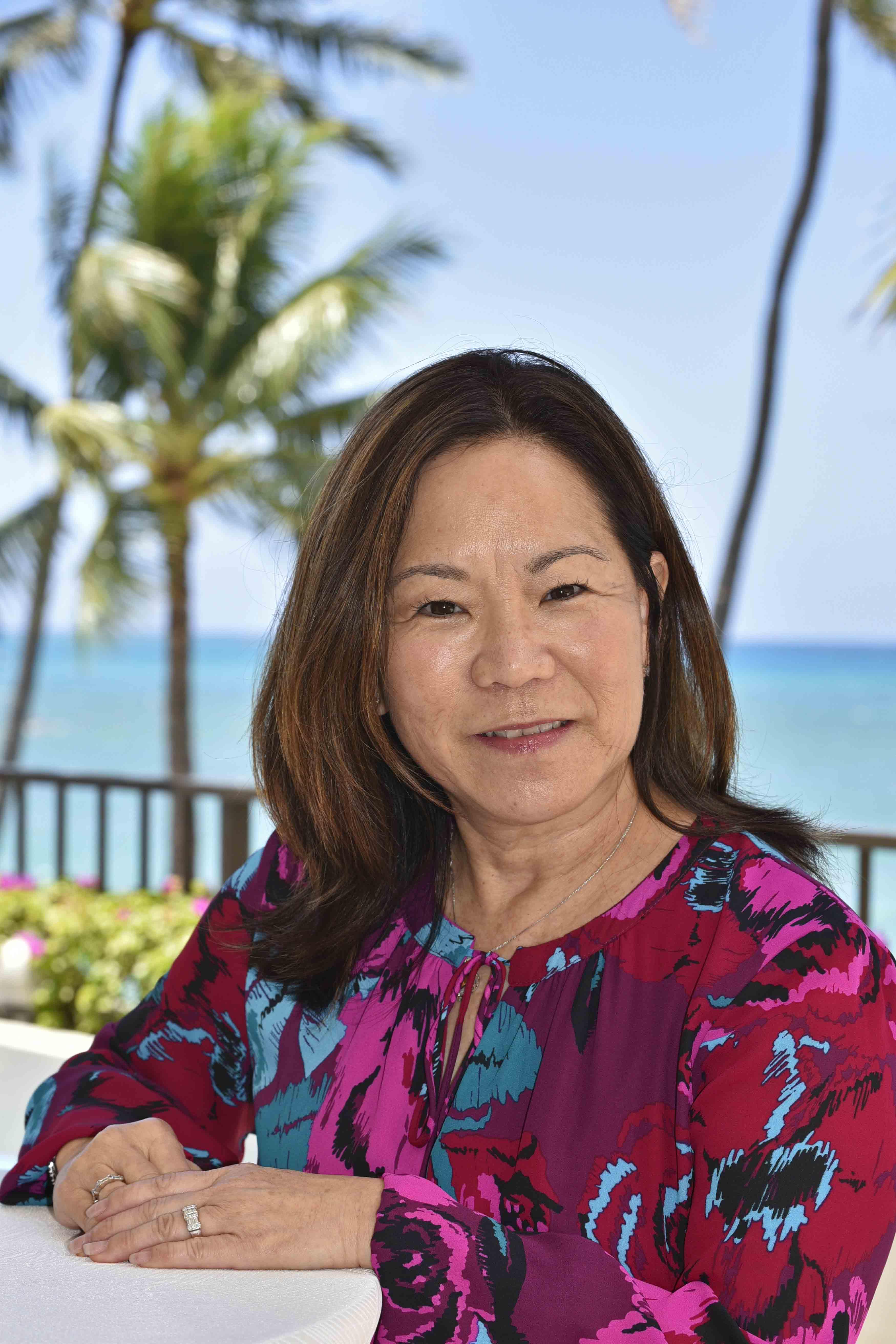 Lois Shimabukuro